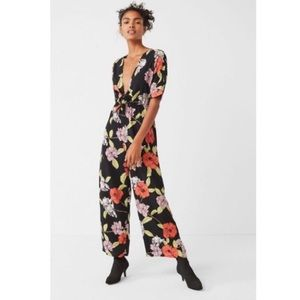 Urban Outfitters Plunging Floral Tie Jumpsuit✨